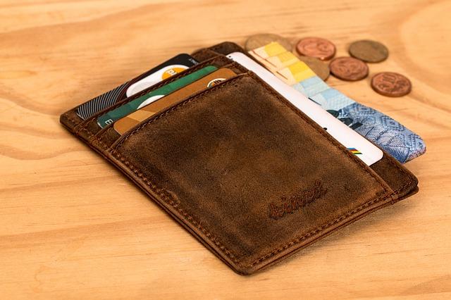carte di credito per protestati e cattivi pagatori portafoglio