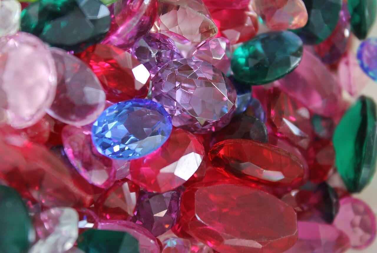 lussureggiante nel design molti stili grande liquidazione Aste settimanali di diamanti e pietre preziose: scoprile ora ...