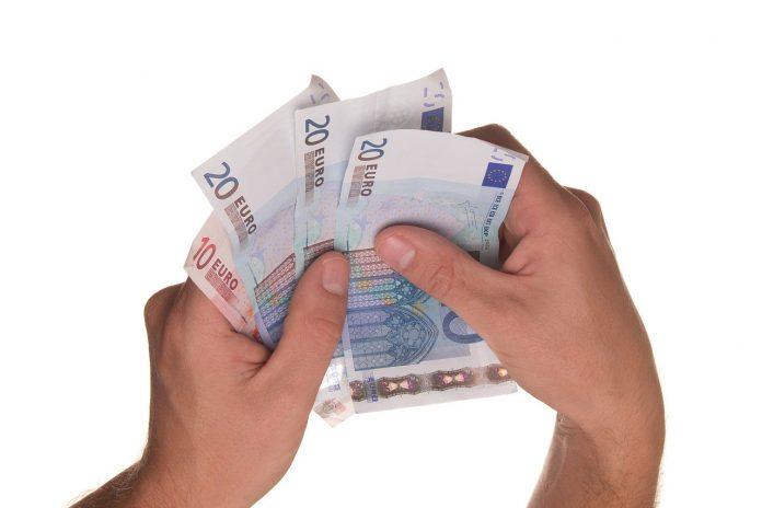 prestiti dipendenti soldi in prestito